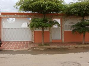 Casa En Venta En Municipio San Francisco, El Soler, Venezuela, VE RAH: 15-5255