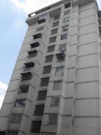 Apartamento En Venta En Caracas, Santa Eduvigis, Venezuela, VE RAH: 15-5253