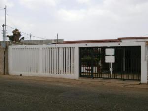 Casa En Venta En Cabimas, Las 40, Venezuela, VE RAH: 15-4461