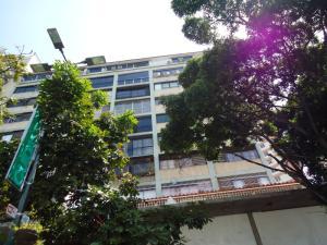 Apartamento En Venta En Caracas, Sabana Grande, Venezuela, VE RAH: 15-5295
