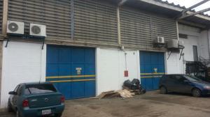 Galpon - Deposito En Venta En Valencia, Zona Industrial, Venezuela, VE RAH: 15-5361