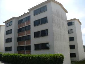 Apartamento En Venta En Los Teques, Parque Residencial La Quinta, Venezuela, VE RAH: 15-5368