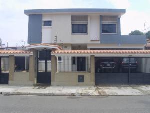 Casa En Venta En Valencia, Las Chimeneas, Venezuela, VE RAH: 15-5376
