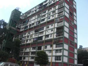 Apartamento En Venta En Caracas, Parroquia 23 De Enero, Venezuela, VE RAH: 15-5404