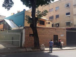 Casa En Venta En Caracas, Las Acacias, Venezuela, VE RAH: 15-5656
