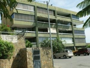 Apartamento En Venta En Margarita, Pampatar, Venezuela, VE RAH: 15-4772