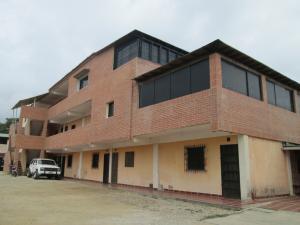 Apartamento En Venta En Higuerote, Higuerote, Venezuela, VE RAH: 15-5885
