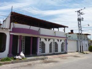 Casa En Venta En Turmero, La Mantuana, Venezuela, VE RAH: 15-5951