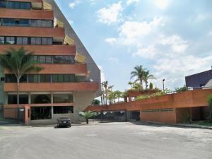 Apartamento En Alquileren Caracas, Colinas Del Tamanaco, Venezuela, VE RAH: 15-5973