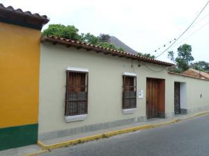 Casa En Venta En Choroni, Calle Principal, Venezuela, VE RAH: 15-6096