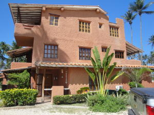 Apartamento En Venta En Boca De Aroa, Boca De Aroa, Venezuela, VE RAH: 15-6083