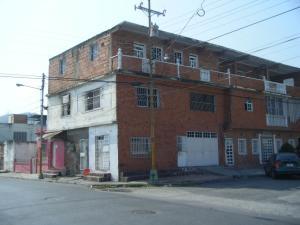 Edificio En Venta En Puerto Cabello, Juan Jose Flores, Venezuela, VE RAH: 15-6128