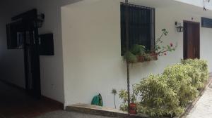 Townhouse En Ventaen Caracas, Los Naranjos Del Cafetal, Venezuela, VE RAH: 15-6156