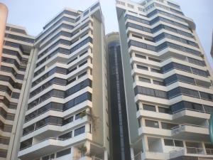 Apartamento En Venta En Parroquia Caraballeda, La Llanada, Venezuela, VE RAH: 15-6236