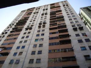 Apartamento En Venta En Caracas, Parroquia Santa Rosalia, Venezuela, VE RAH: 15-6264
