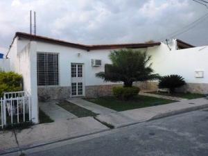 Casa En Venta En La Morita, El Portal Del Valle, Venezuela, VE RAH: 15-6373