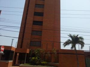 Apartamento En Venta En Maracaibo, Cecilio Acosta, Venezuela, VE RAH: 15-6421