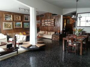 Casa En Ventaen Maracaibo, La Estrella, Venezuela, VE RAH: 15-6474