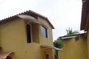 Casa En Venta En Cabudare, Parroquia Agua Viva, Venezuela, VE RAH: 15-6483
