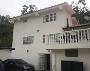 Casa En Venta En Carrizal, Colinas De Carrizal, Venezuela, VE RAH: 15-6572