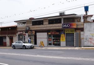 Local Comercial En Venta En Valera, El Country, Venezuela, VE RAH: 15-6562