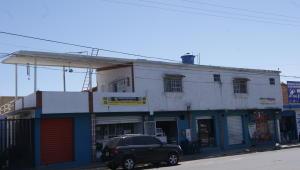 Local Comercial En Venta En Municipio Los Guayos, Paraparal, Venezuela, VE RAH: 15-6734