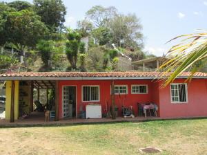 Casa En Venta En Caracas, El Hatillo, Venezuela, VE RAH: 15-6850