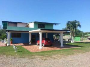Casa En Venta En Higuerote, Via Curiepe, Venezuela, VE RAH: 15-6953