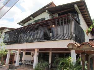 Casa En Venta En Caracas, Santa Fe Norte, Venezuela, VE RAH: 15-7041