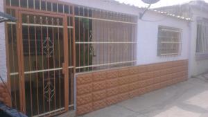 Casa En Venta En Municipio Los Guayos, Los Guayos, Venezuela, VE RAH: 15-7063