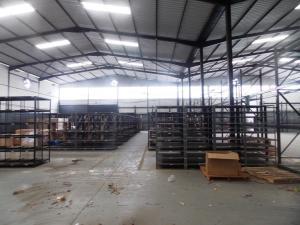 Galpon - Deposito En Venta En Valencia, Zona Industrial, Venezuela, VE RAH: 15-7108
