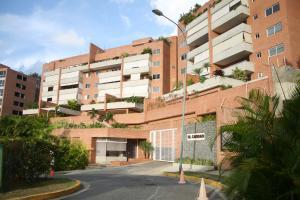 Apartamento En Venta En Caracas, Solar Del Hatillo, Venezuela, VE RAH: 15-7151