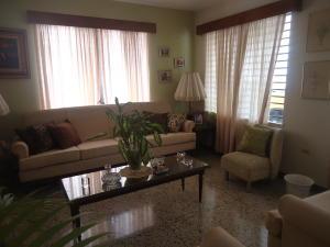 Casa En Venta En Maracaibo, Zapara, Venezuela, VE RAH: 15-7155