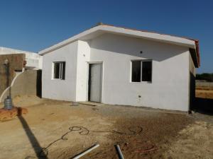 Casa En Venta En Punto Fijo, Guanadito, Venezuela, VE RAH: 15-7210