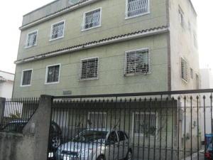 Apartamento En Venta En Caracas, La Carlota, Venezuela, VE RAH: 15-7248