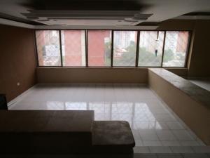 Apartamento En Venta En Maracaibo, Virginia, Venezuela, VE RAH: 15-7334