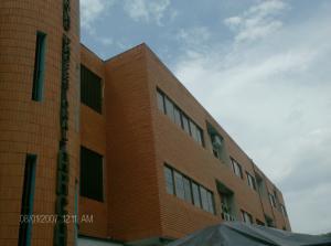 Oficina En Ventaen Barquisimeto, Parroquia Catedral, Venezuela, VE RAH: 15-7347