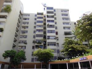 Apartamento En Venta En Caracas, Las Esmeraldas, Venezuela, VE RAH: 15-7361