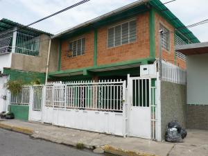Casa En Venta En Maracay, San Jose, Venezuela, VE RAH: 15-7444
