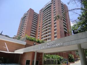 Apartamento En Ventaen Caracas, Colinas De Los Chaguaramos, Venezuela, VE RAH: 15-7562