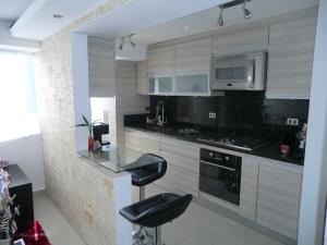 Apartamento En Venta En Caracas - El Hatillo Código FLEX: 15-7566 No.8