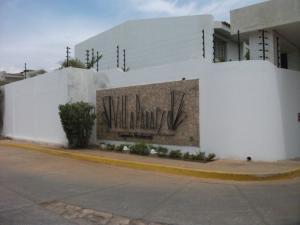 Townhouse En Venta En Maracaibo, Fuerzas Armadas, Venezuela, VE RAH: 15-7738