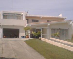 Casa En Venta En Valencia, Guataparo, Venezuela, VE RAH: 15-7622