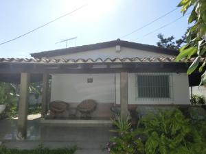 Casa En Venta En Tacarigua, Tacarigua, Venezuela, VE RAH: 15-7911