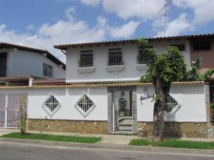 Casa En Venta En Caracas, Terrazas Del Club Hipico, Venezuela, VE RAH: 15-7928