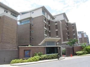 Apartamento En Venta En Caracas, Alto Hatillo, Venezuela, VE RAH: 15-7951