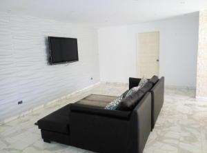 Apartamento En Venta En Caracas - Prado Humboldt Código FLEX: 15-7993 No.2
