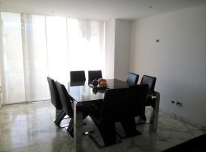 Apartamento En Venta En Caracas - Prado Humboldt Código FLEX: 15-7993 No.7