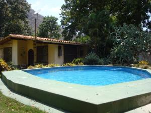 Casa En Venta En Choroni, Calle Principal, Venezuela, VE RAH: 15-8079