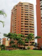 Apartamento En Venta En Valencia, Valle Blanco, Venezuela, VE RAH: 15-8078